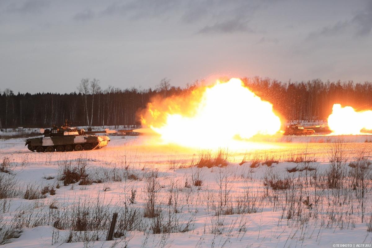 Масштабное учение в честь 78-й годовщины образования танковой армии ЗВО.